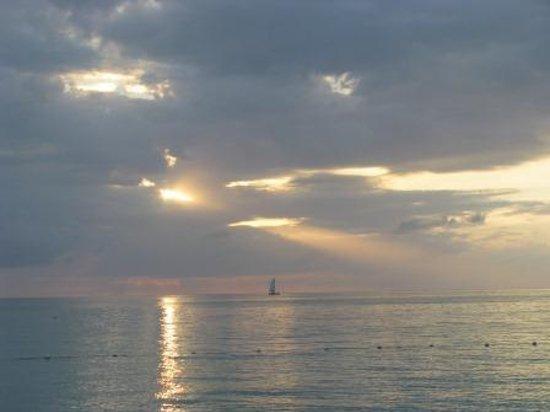 Grand Pineapple Beach Negril: sunset