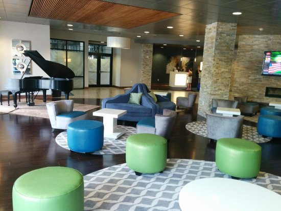 Wyndham Garden Buffalo Williamsville: Lobby