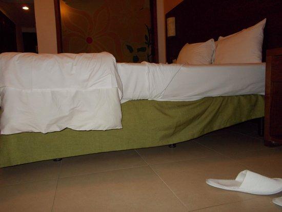 Now Larimar Punta Cana: bed was rock hard / horrible