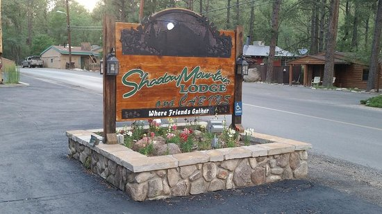 Shadow Mountain Lodge and Cabins : Nice Sign