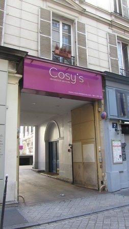 Residence Cosy's Cadet: Vista desde la calle semi peatonal