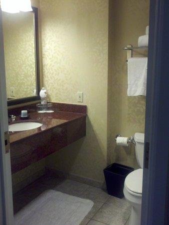 Omni Interlocken Hotel : Bathroom