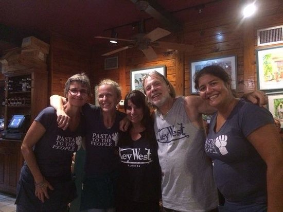 Mangia Mangia Pasta Cafe : July 8, 2014.......Robbie & Wendy Greene with our fantastic servers Heather & Sonia....can't wai