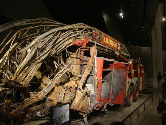 Mémorial du 11-Septembre : remains of ladder 3