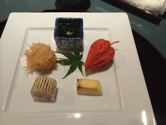 Ginza Rokusantei: The cheese was the best on the plate.