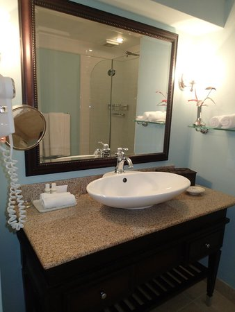 BodyHoliday Saint Lucia : Bathroom