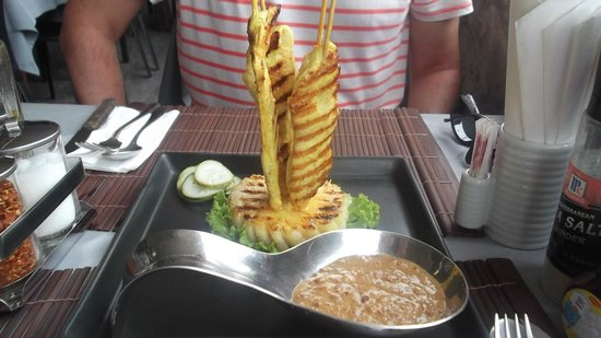 2gether Restaurant: Chicken satay