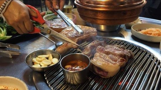 Jeju Ocean Palace Hotel : Black pig