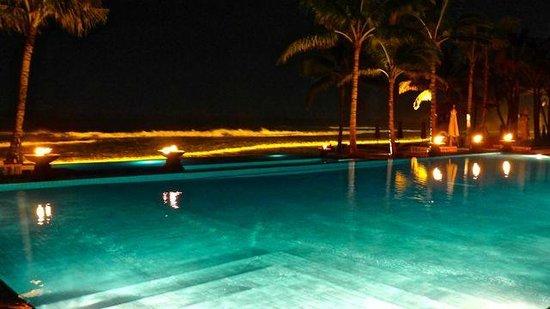 The Legian Bali : The pool at night.
