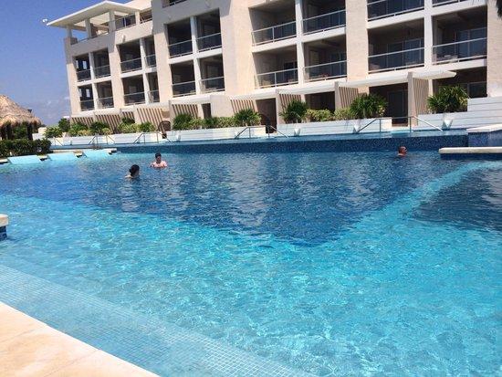 Paradisus Playa Del Carmen La Esmeralda : Royal service pool