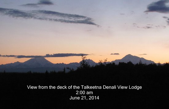 Talkeetna Denali View Lodge & Cabins : Land of the midnight sun.
