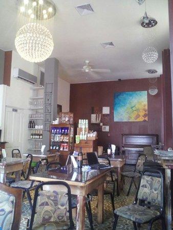 Casa Sucre Coffeehouse: Vista desde la entrada