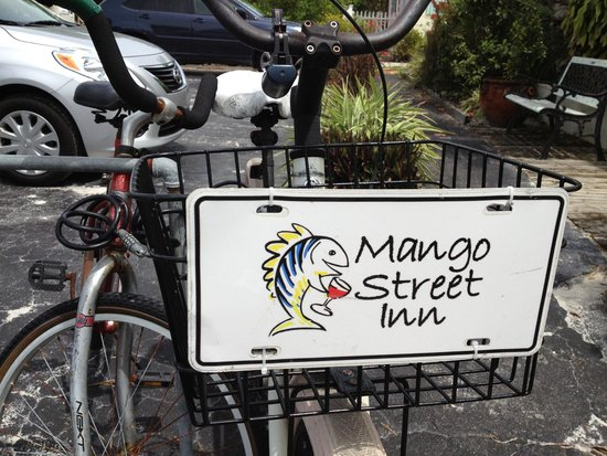 Mango Street Inn : bicycles for use
