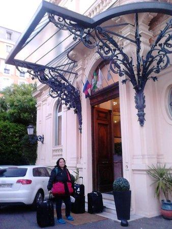 Hotel Vendome: Entrada