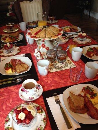 Nine Gables B&B : breakfast