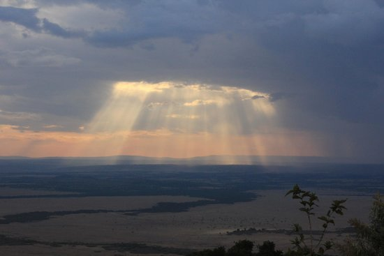 Saruni Mara: Amazing rain cloud