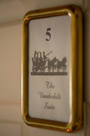 Historic Jacob Hill Inn: Suite Vanderbilt