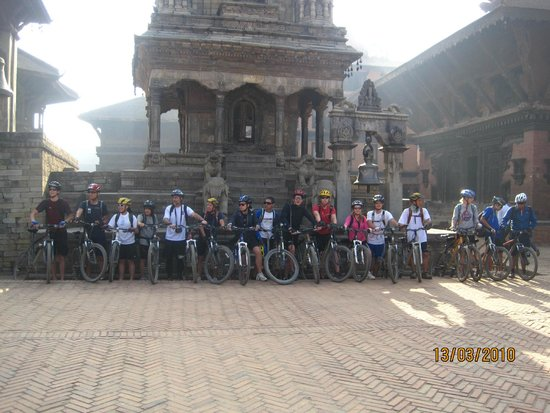 Shiva Guest House1 & 2: cycle group