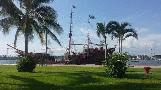 Pirate Ship Vallarta: Beautiful boat