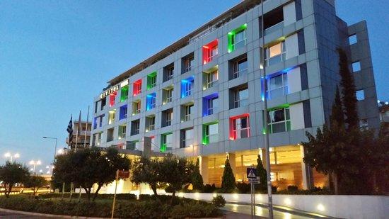 Civitel Olympic Hotel : Civital Facade