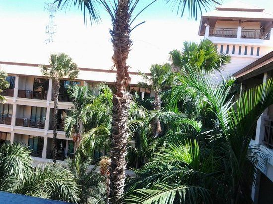 Le Casa Bangsaen Hotel: The view from the balcony