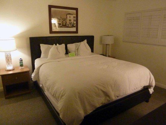 Magic Castle Hotel: habitacion