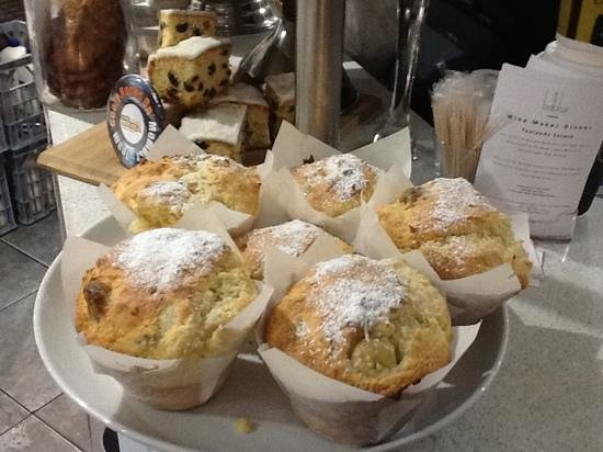 Bellakai: daily baked muffins,whats your flavour!