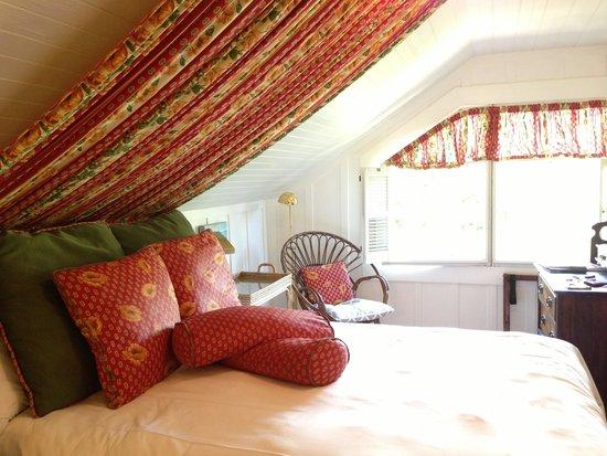 Sea View Inn: Room #1