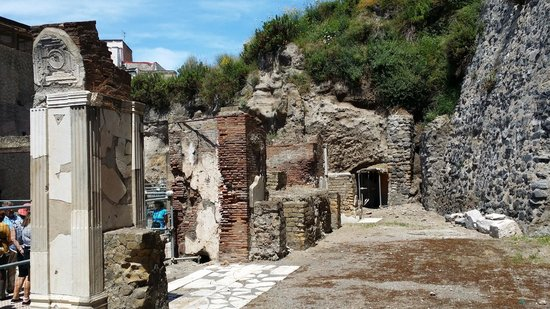 Ruins of Herculaneum : one of the city street views