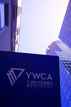Hotel Y Montreal: the Y hotel