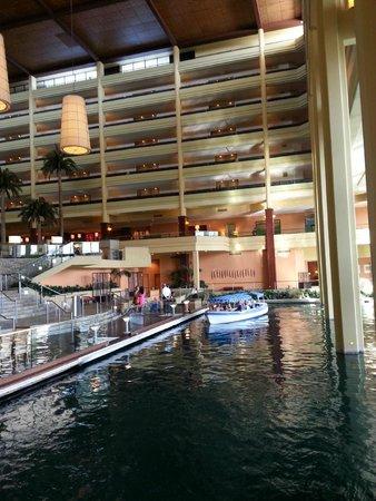 JW Marriott Desert Springs Resort & Spa: near boat dock area/lobby