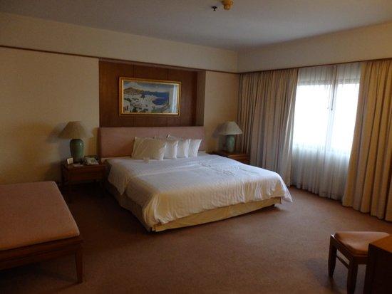 Pantip Suites Sathorn: Master Bedroom