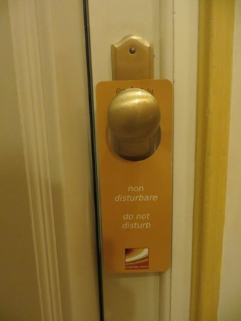 Grand Hotel Savoia : Do Not Disturb Sign