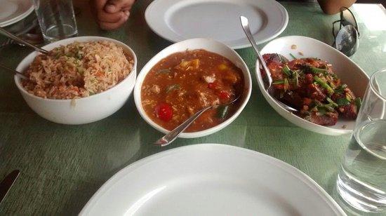 Naga Kitchen : Naga rice with chicken and pork