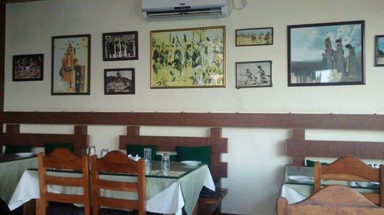 Naga Kitchen : Interiors