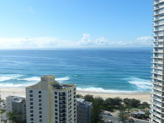 Aegean Apartments: Actual view of Surfers Paradise