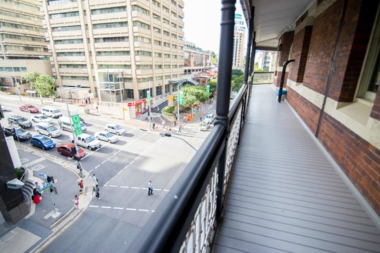 Nomads Brisbane Hostel : City views from the balcony