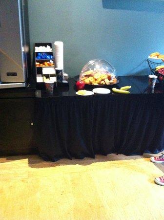 Casa Loma Hotel: Café da manhã