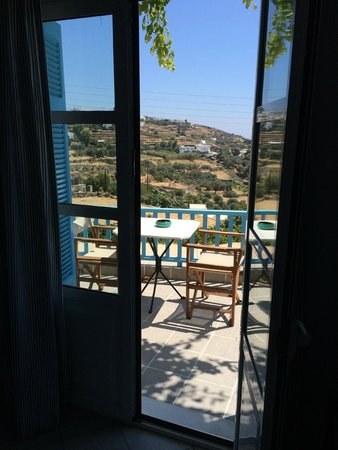 Hotel Anthousa : view from the inside of the room