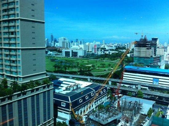 Renaissance Bangkok Ratchaprasong Hotel: View from Room 1619