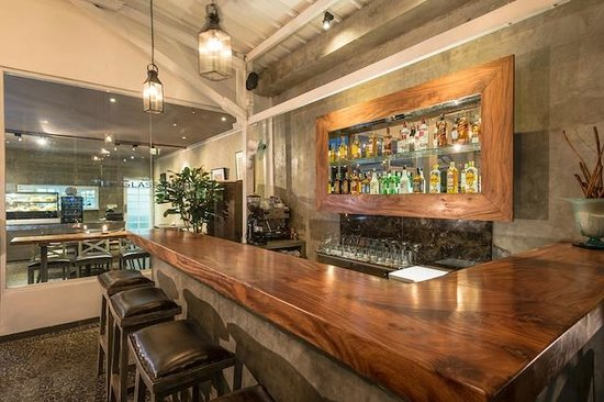 The Glass House : The new bar with top shelf offerings