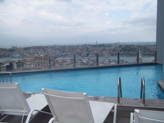 The Marmara Pera Hotel: pool with a view