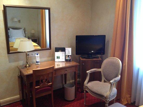 Best Western Grand Hôtel Bristol : Room 222