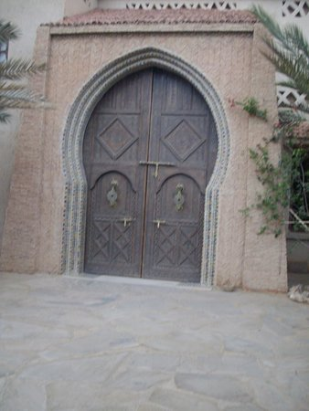 Kasbah Hotel Xaluca Arfoud: Gate in Kasbah Xaluca