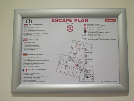 easyHotel Rotterdam City Centre: Escape plan