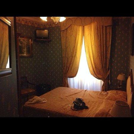 Villa San Lorenzo Maria Hotel : Our beautiful room