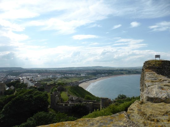 Scarborough Castle: this is north bay looking out from castlet