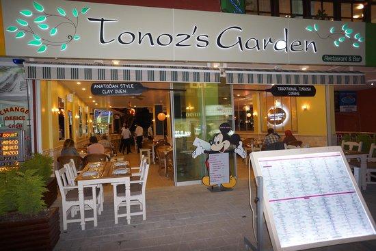 Tonoz's Garden Restaurant & Bar