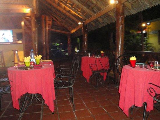 Les lauriers Hotel & Restaurant : Cena