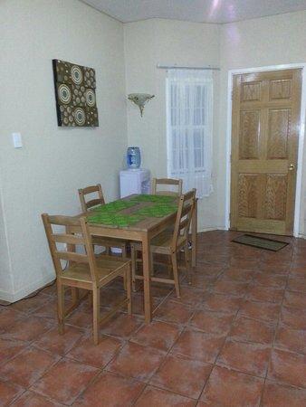 The Tropical Villa: Kitchen area in apartment